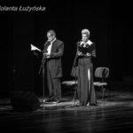lektorzy: Małgorzata Kożuchowska i Jerzy Zelnik